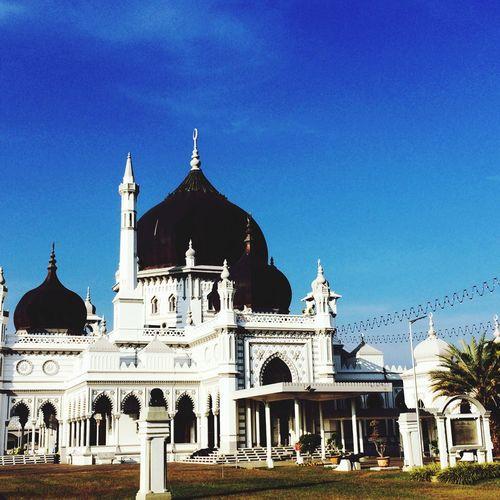 Zahir mosque against blue sky