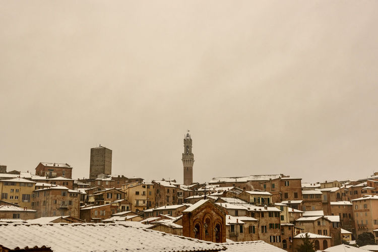 Architecture City Cityscape Skyline Tuscany Winter Buildings Italy Medieval Old Snowfall Urban