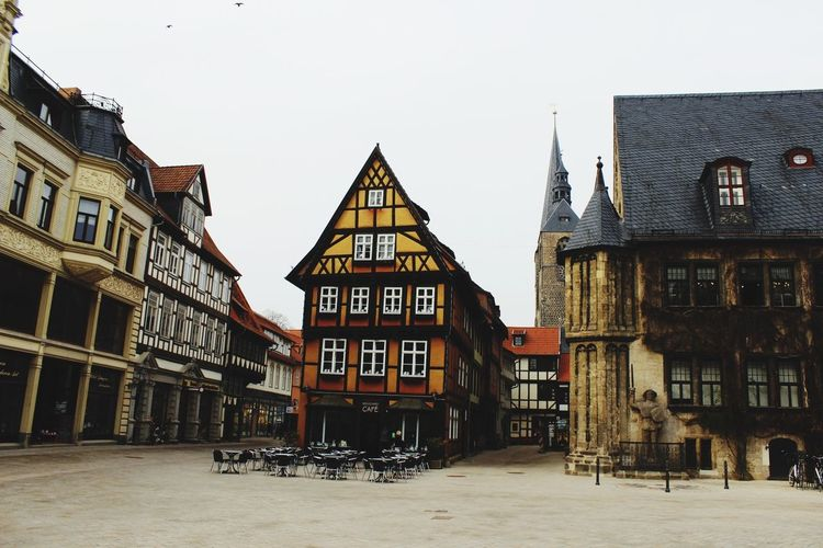 Taking Photos Quedlinburg Old Roland