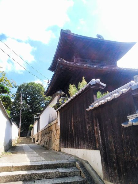 Hi! Hello World Taking Photos Stairs Sloping Road Temple Wall Stone Wall Check This Out Enjoying Life View Day Relaxing Beautiful Landscape TOWNSCAPE Sunny Day No People Blue Sky Alleyway Alley Summer2016 Kurashiki Japan 倉敷
