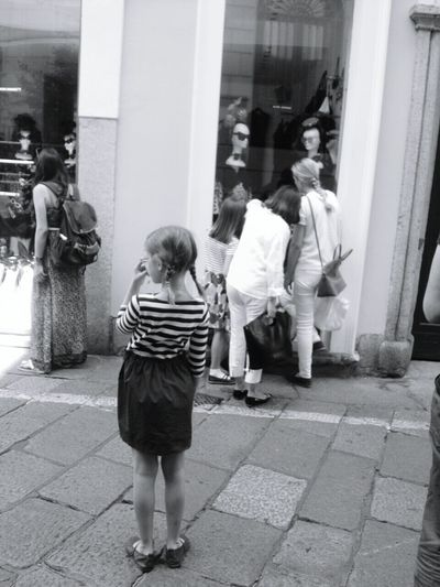 EEA3-Milano Streetphotography Hello World Black And White IPhoneography The Global EyeEm Adventure