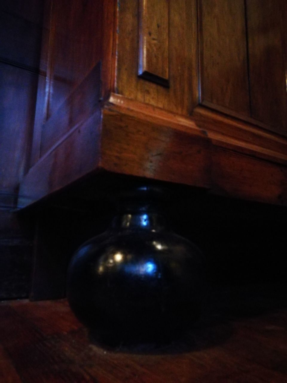 indoors, no people, wood - material, architecture, close-up, day