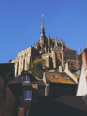 monastery view Montsaintmichel Photography Photographytravel Travellingaround Traveleurope EyeEm Best Shots EyeEm Selects Architecture History Travel Destinations Building Exterior No People Outdoors Business Finance And Industry Built Structure Cityscape