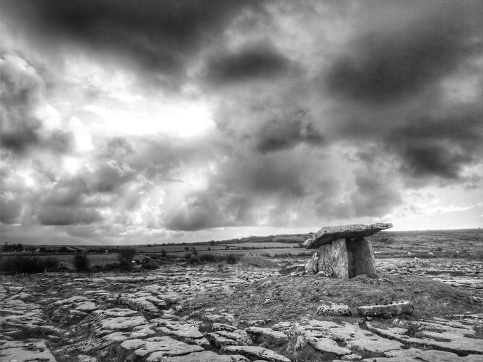 Blackandwhite Burren Poulnabrone Dolmen Thunderstorm Storm Cloud Storm Sky Cloud - Sky