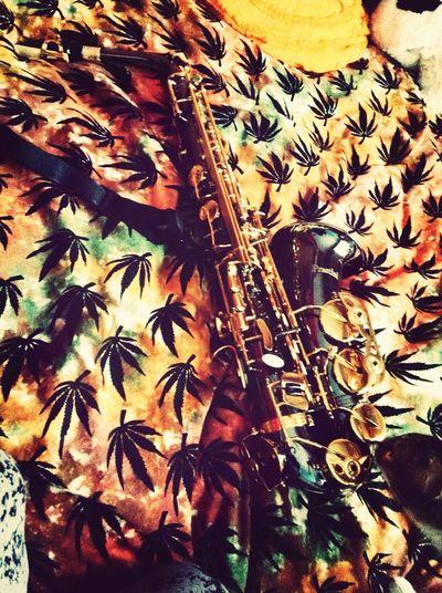 Saxofón ?? Saxophone