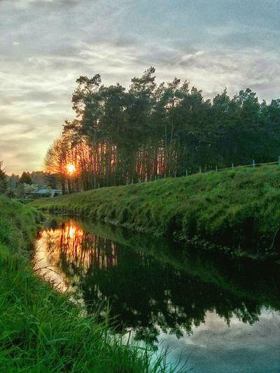Sunset River Sunlight Reflection