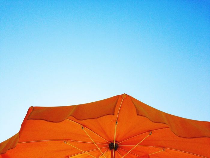 Peaceful time First Eyeem Photo Sky_ Collection Umbrella Sky Umbrella Beach Umbrella Yellow Silence Silence Time Peaceful Moment Peaceful And Quiet Peaceful Afternoon