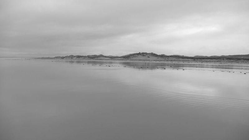 EyeEm Landscape - Seascape Photography - Beachphotography - Landscapes - Eye4photography  - Water Reflections - Creative Light And Shadow - EyeEm Nature Lover - Light & Dark - Beach