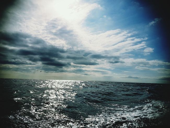 Deep Water Effect Sea Water Scenics Horizon Over Water Tranquil Scene Tranquility Sky Beauty In Nature Cloud Seascape Cloud - Sky Nature Waterfront Cloudy Calm Blue Non-urban Scene Cloudscape Sun Day