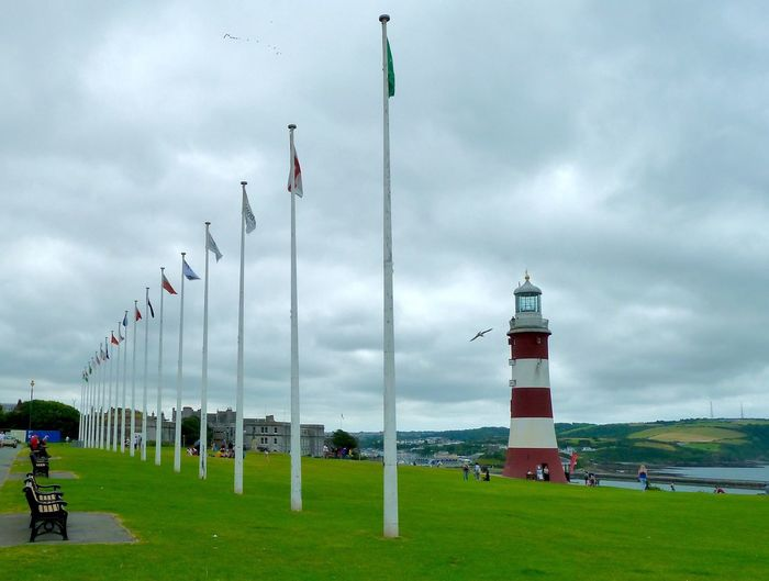 Plymouth Plymouth Hoe Park Flags Lighthouse Beautifully Organized