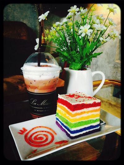 EATTING Cake Coffee Shop
