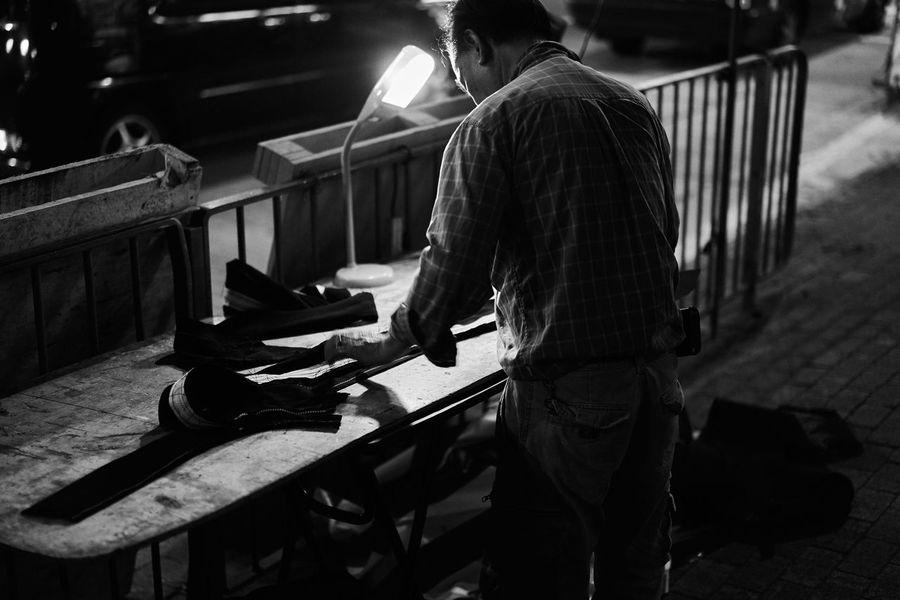 Master on street EyeEm Best Shots - Black + White Black And White Blackandwhite Monochrome Black & White Light And Shadow City Life Streetphotography Streetphoto_bw Street Photography Anythingbutbeautiful B&w Street Photography