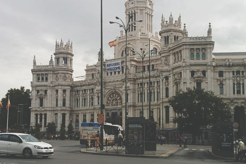 Madrid welcoming refugees