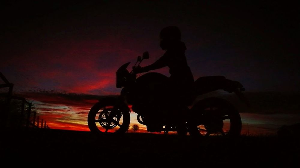 Motorbike Motorcycle Photography Sunnydelight Sonnenuntergang Honda Self Portrait Motorsport Check This Out