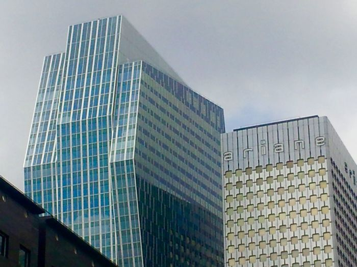Framing Reflections Glass - Material Urban Geometry Office Building Paris La Défense, France Skyscrapers Architecture Buildings No People Symmetry Business Life Reflections And Glass City Scape France