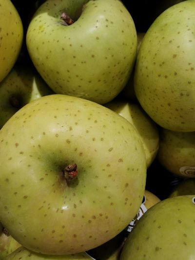 Close-up of apples in market