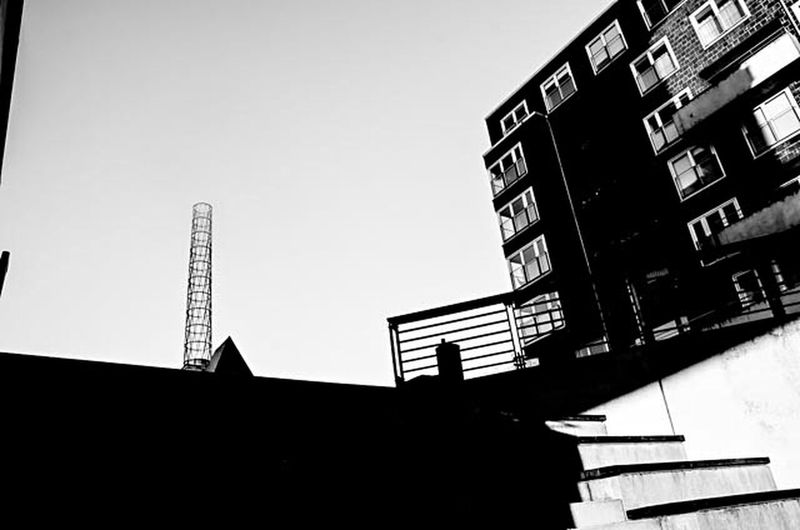 #Blackandwhitephotography #blackandwhite #Hamburg #architonic #architecture #noir Et Blanc #noir #blackandwhite #bnwsouls Low Angle View Building Exterior Day Outdoors