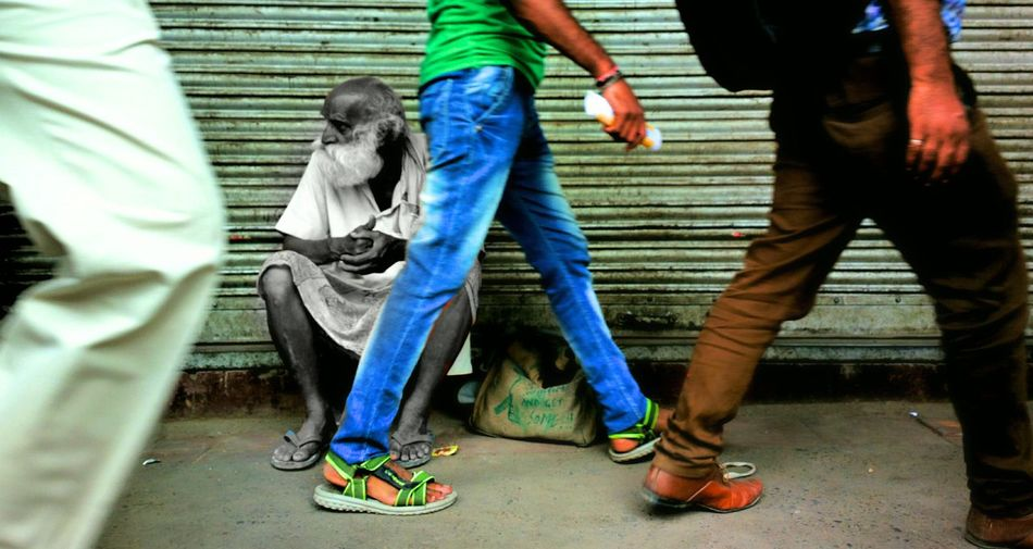 TheFoneFanatic Mobilephoto Nokia808Pureview 808pureview Nokia808 Nokia 808 Pureview  Travel EyeEm Selects Indiapictures India Indianphotography Photosfromindia Magazine India_clicks Indian EyeEm Vision Worldwide_shot Adult People Men Human Body Part City Olddelhi Hustle