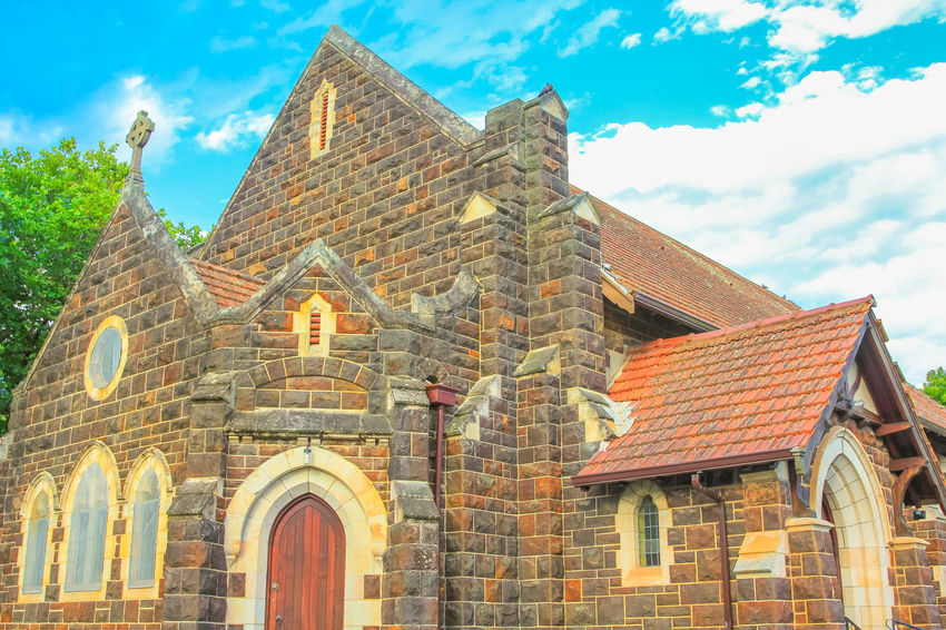 Side view of historic St. Georges Anglican Church in Knysna on the Garden Route in Western Cape, South Africa. The old Church as built in 1855. Sunny day, blue sky. Historic Building St. Georges Anglican Churc St. Georges Anglican Church Georges Anglican Church Anglican Cathedral Anglican Church Church Architecture Church Tower Knysna South Africa South Africa Garden Route Garden Route, South Africa Western Cape Western Cape South Africa Blue Sky Knysna Religion Architecture Built Structure Building Exterior Building Sky Cloud - Sky The Past History Day Place Of Worship Low Angle View No People Nature Belief Old Spirituality Outdoors Brick Roof Tile