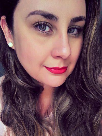 Beauty Beautiful Woman Portrait Eyes Green Eyes Pearl Earrings Red Lips Vintage Girl Power Smile Beautiful Woman Nice Hair  Hair Make Up Eyebrows Selfıe Lipstick The Portraitist - 2017 EyeEm Awards