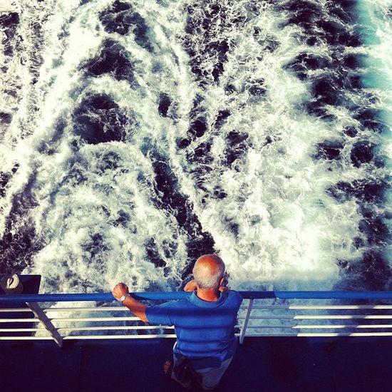 #tirrenia #nave #men #uomo #mann #meer Men Ship Aqua Mare Meer Mann Uomo Onde Nave Tirrenia