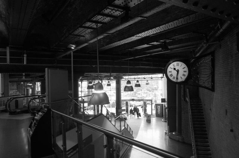 Day Ricoh GR Black And White Train Station Vanishing Point Architecture Manchester Shadows & Lights