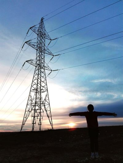 Human Meet Technology Human Meets Technology Sunset_collection Sunset Silhouettes Sunset Electricity  Electric Electric Wire Electric Tower  Sunset And Clouds  Walking Around Lagavia Madrid, Spain The Following