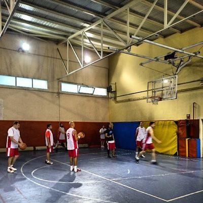 Hoy hay show!!! Lossantosbasket Si Juandelacierva Casitodos igerssports igersbasket XperiaZ1