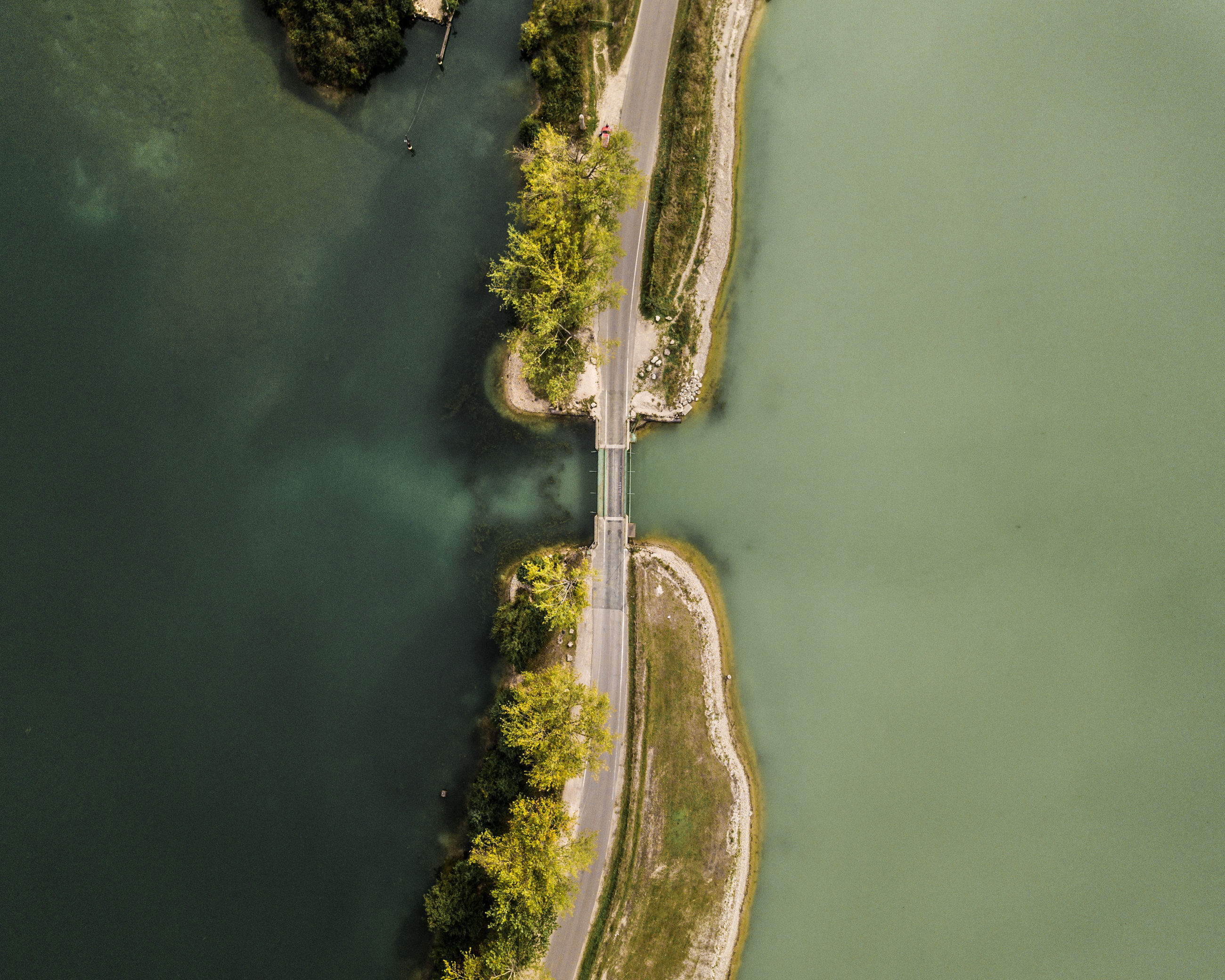 no people, water, high angle view, nature, day, green color, scenics - nature, transportation, beauty in nature, plant, aerial view, tree, outdoors, river, motion, mode of transportation, non-urban scene, directly above, waterfront