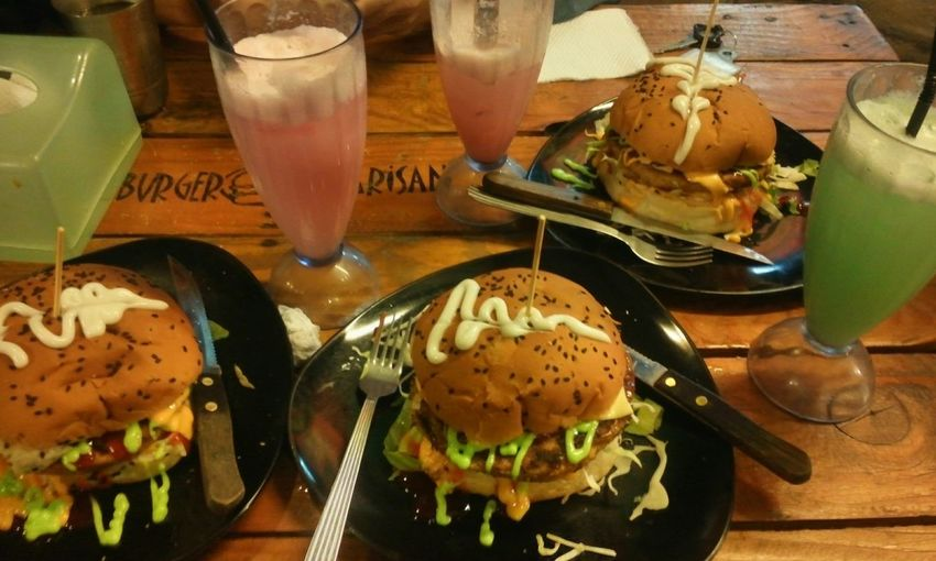 Dinner with fren.. Burgers Photo