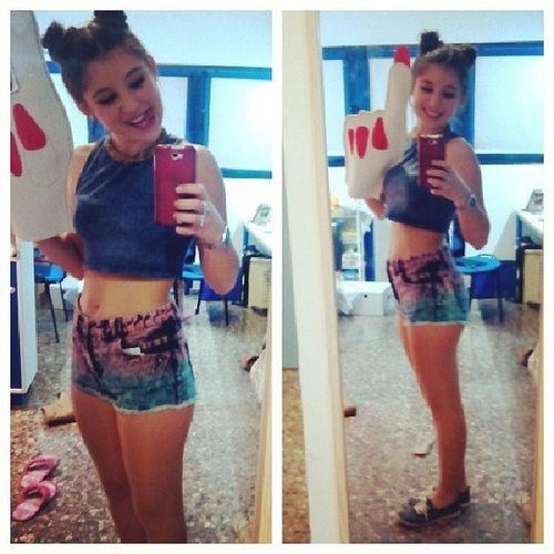 Mileycyrus Selia Disasterparty València party tonight