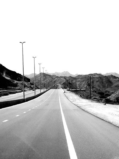 Welcome To Black Off To Nowhere Road Roadtrip No People Mountain Mountain Range Outdoors Landscape Road TimepassPhotography Loveforphotography Happiness Huawei P9 Leica Huaweiphotography Mobilephotography
