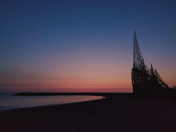 晚霞。 Water Sea Sunset Blue Silhouette Horizon Tree Beach Sky Horizon Over Water