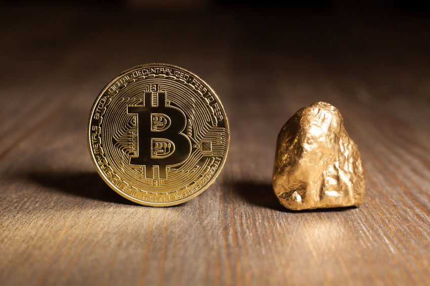 bitcoin and golden nugget Golden Nugget Virtual Bitcoin Business Close-up Coin Compared Cryptocurrency Currency Digital Displayed Economy Exchange Finance Financial Gold Investment Metal Money Symbol Table Technology Token Wealth