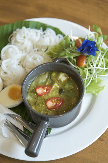 Food Thai Asian  Cuisine Soup Spicy Thailand Hot Tom Lemon Restaurant Dish Dinner Noodles Chinese Vegetable Delicious White Fresh Shrimp ASIA Eat Lunch Gourmet Chili  Meat Seafood Green Red Herb Rice Cooking Yum Bowl Sauce Meal Lime Isolated Yam Ingredient Kung