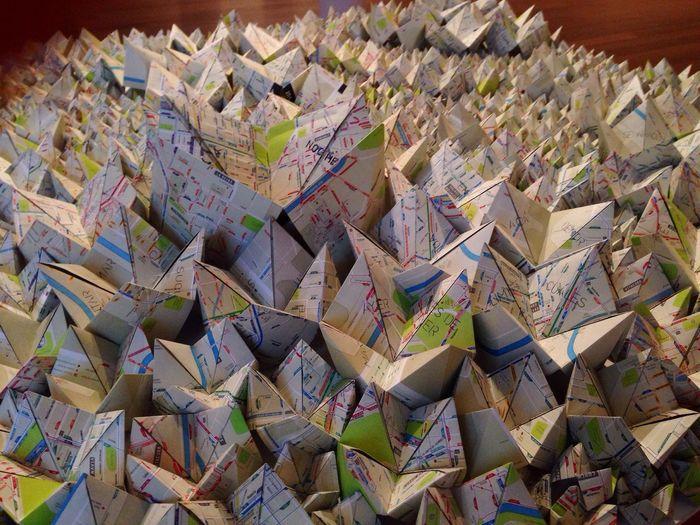 Quien no quisiera recorrer cada espacio de este origami !💞