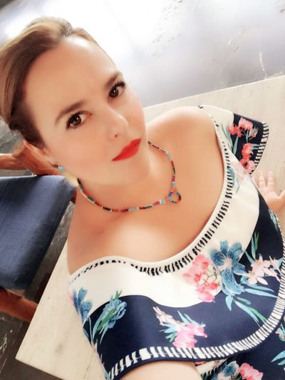 Flower Dress Jewelry t One Person Young Women Beautiful Woman Leisure Activity Lifestyles Indoors  Day Close-up Selfie Portrait Mexico My Self Beauty Face Beauty Skin
