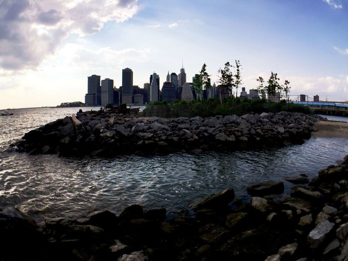 Took quite a few shots yesterday but this by far was 1 of my favorite.... NYC Brooklyn Olloclip IPhoneography Eyemphotography Eyembestshots Cityofdreams