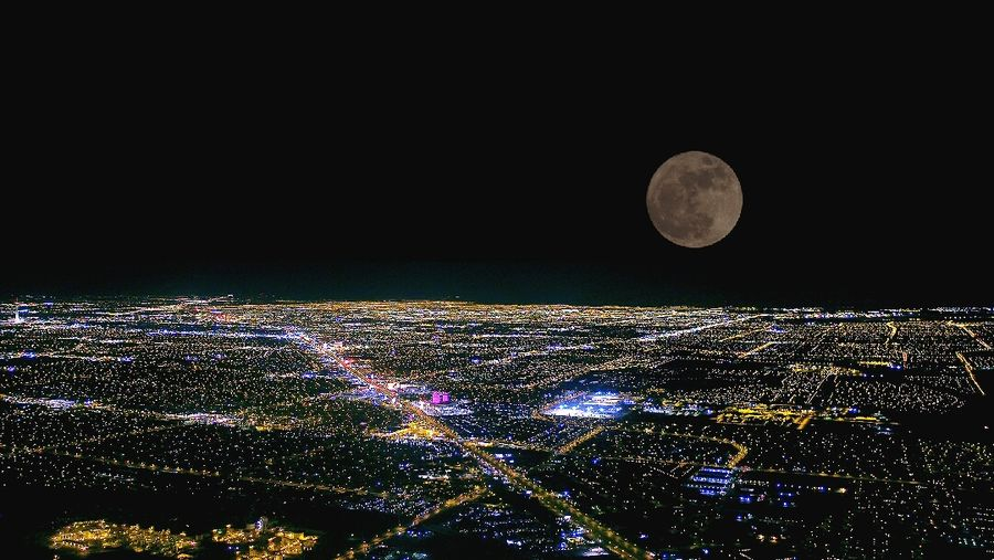 Super Moon Above L.V  Embrace Urban Life Astronomy Night Shot From An Airplane Window