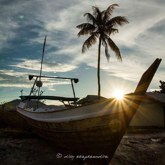 Almost sunset Rupat Sumatera Sunset Boat INDONESIA Indonesiaplayground 1000kata Wonderfulindonesia BeautifulIndonesia Natgeotravel Asiangeographic Instalike Instagram Instagood Photooftheday