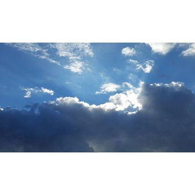 Hello Sun! 😉 Cloud Sky Sun Nature clouds blue cloudporn beautiful weather cloudy nofilter city sunshine amazing photo skyporn light colors germany deutschland berlin