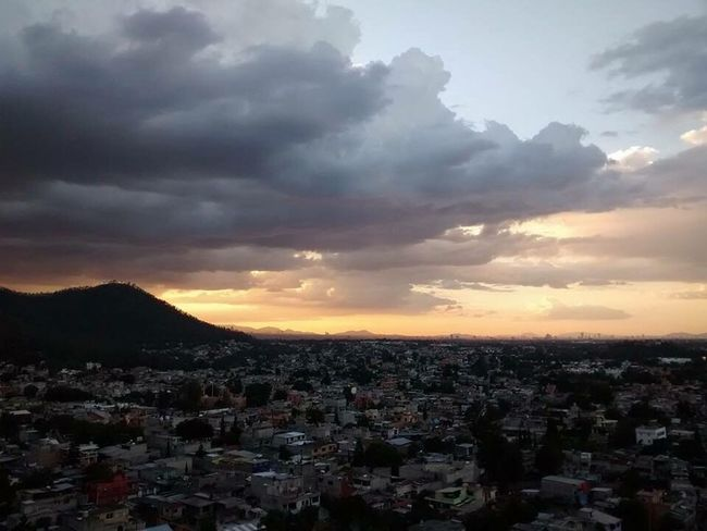 My Favorite Place La delgada linea entre el cielo, los sueños y la civilizacion. Cityscape Town City TOWNSCAPE Sunset Cloud - Sky Mountain High Angle View Wide Sky Dramatic Sky Community Life Like It Cloud Enjoying Life Atardecer Sunfall Ciudad De México Cityscape Nature Orange Color Scenics At Home