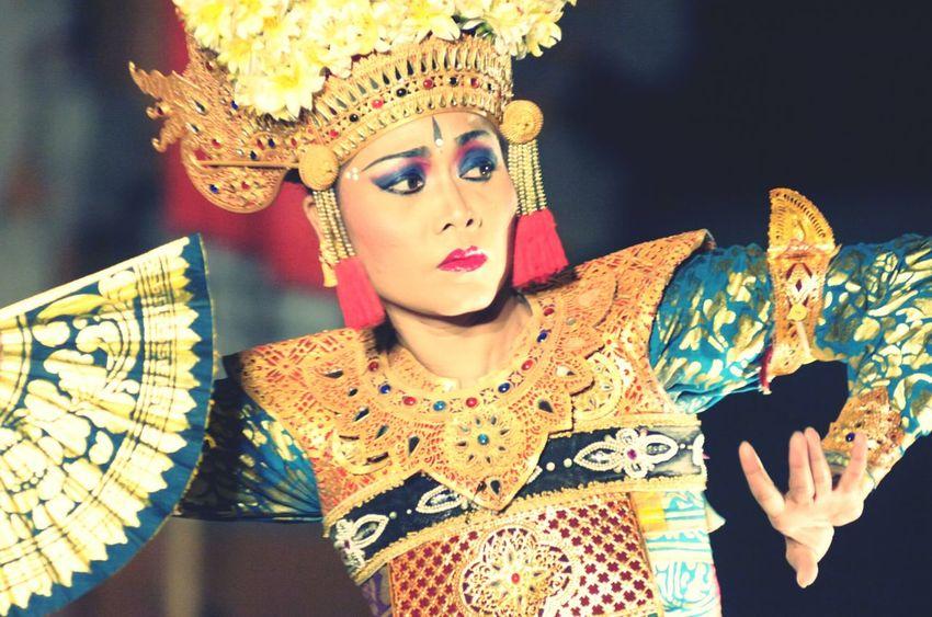 Balinese Dancing Balinese Woman Balinese Dancer Balinese Traditional