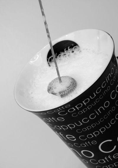 Aufschhäumer Aufschäumen Blackandwhite Cappuccino Close-up Cup Of Coffee Day Melk Milch No People Science