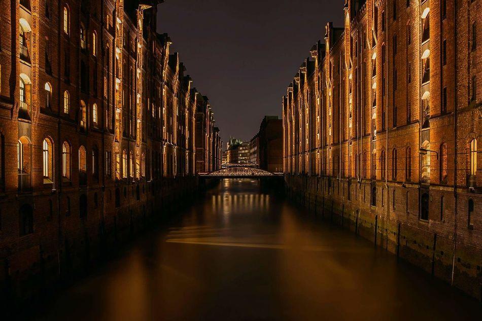 Hamburg Speicherstadt Hamburg Nachtfotografie Langzeitbelichtung✔ First Eyeem Photo