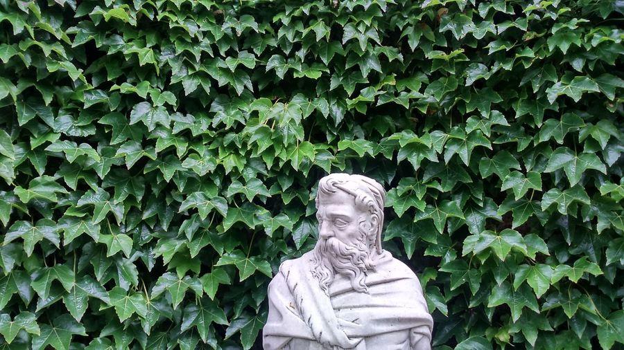 Hever Garden Statue