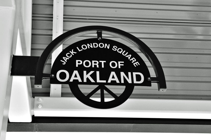 Train Station 1 Port Of Oakland, Ca. Bnw_friday_eyeemchallenge Bnw_connection Amtrak Jack London Square Train Station Connects People To Places California 3 Routes Capital Corridor : San Jose To Sacramento San Joaquin : California's Heartland Coast Starlight : Seattle Wa To Los Angeles Train Station Major Freight Hub Freight Trains Connect To Oaklands Port Port Connects International Shipping Import/export Keys To The Economy Money & People On The Move Train Platform Domestic Connects To International Markets People Connection To The Economy Black & White Black And White Black And White Photography Black And White Collection  Monochrome