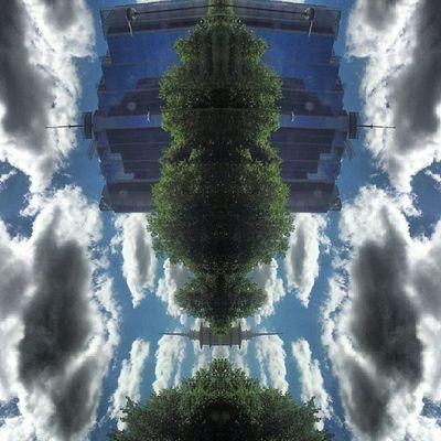 Symmetry Symmetryporn Symmetrybuff Abstracting_architects mirrorgram