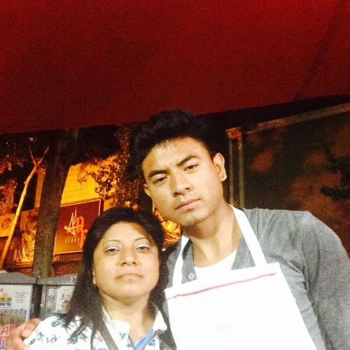 Yo y mi mama