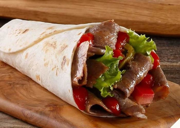 Ready-to-eat Food Close-up Freshness Mexican Food Food And Drink No People Healthy Eating Indoors  Sandwich Table Tortilla - Flatbread Plate Lettuce Arabianfood Shawarma Shawarmafan The City Light Lieblingsteil Minimalist Architecture Carnival Crowds And Details EyeEmNewHere